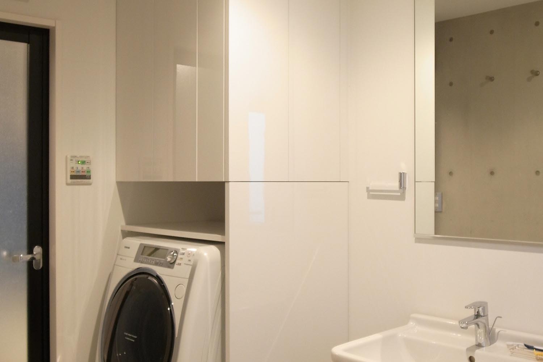 洗面室収納の製作事例T01